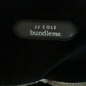 JJ Cole Accessories - JJ COLE BUNDLE ME. Never used!